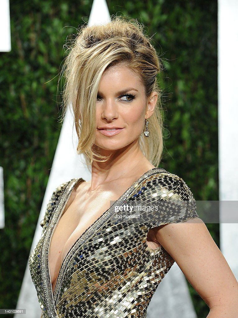 Model Marisa Miller attends the 2012 Vanity Fair Oscar Party at Sunset Tower on February 26, 2012 in West Hollywood, California.
