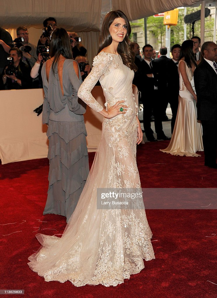 Model Michelle Alves attends the 'Alexander McQueen: Savage Beauty' Costume Institute Gala at The Metropolitan Museum of Art on May 2, 2011 in New York City.