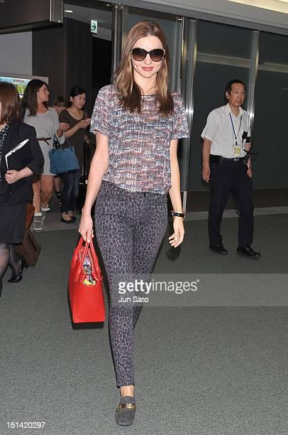 Model Miranda Kerr arrives at Narita International Airport on September 7 2012 in Tokyo Japan