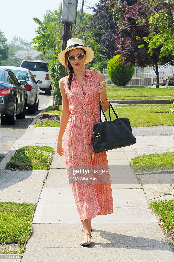 Model <a gi-track='captionPersonalityLinkClicked' href=/galleries/search?phrase=Miranda+Kerr&family=editorial&specificpeople=5714330 ng-click='$event.stopPropagation()'>Miranda Kerr</a> as seen on June 27, 2013 in New York City.