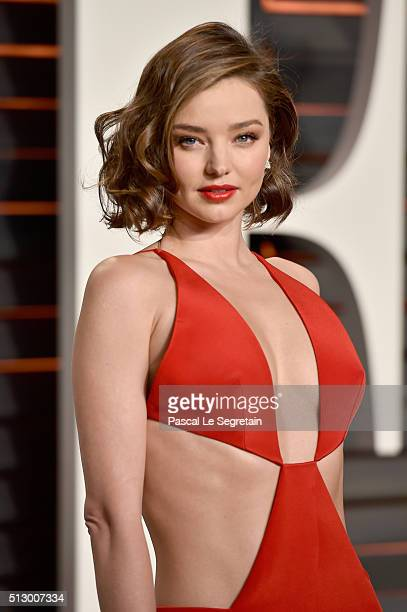 Model Miranda Kerr attends the 2016 Vanity Fair Oscar Party Hosted By Graydon Carter at the Wallis Annenberg Center for the Performing Arts on...