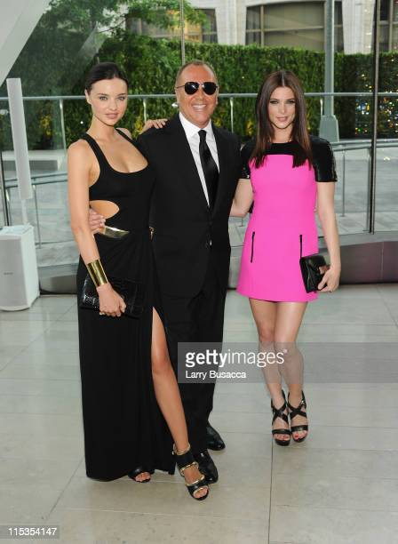Model Miranda Kerr designer Michael Kors and actress Ashley Greene attend the 2011 CFDA Fashion Awards at Alice Tully Hall Lincoln Center on June 6...