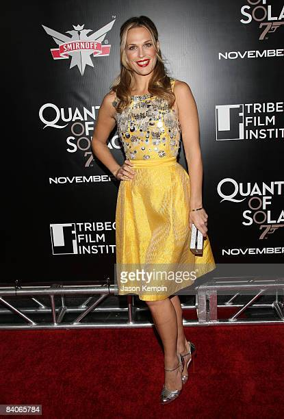 Model Molly Sims attends the 2008 Tribeca Film Institute Fall Benefit screening of 'Quantum of Solace' at the AMC Lincoln Square theatre on November...