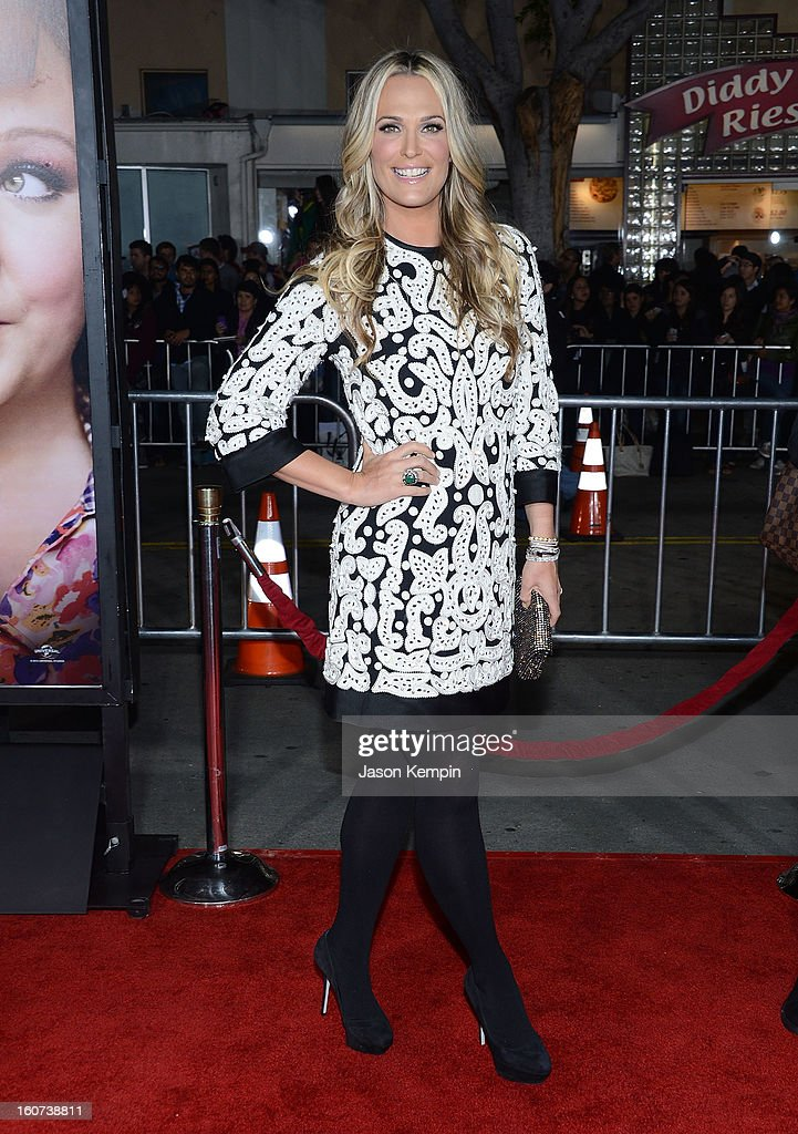 Model Molly Sims attends the Premiere Of Universal Pictures' 'Identity Thief' on February 4, 2013 in Westwood, California.