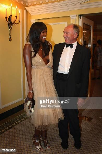 Model Naomi Campbell and London Mayor Ken Livingstone pose for photographs at an honourary dinner at the Dorchester Hotel on August 28 2007 in London...