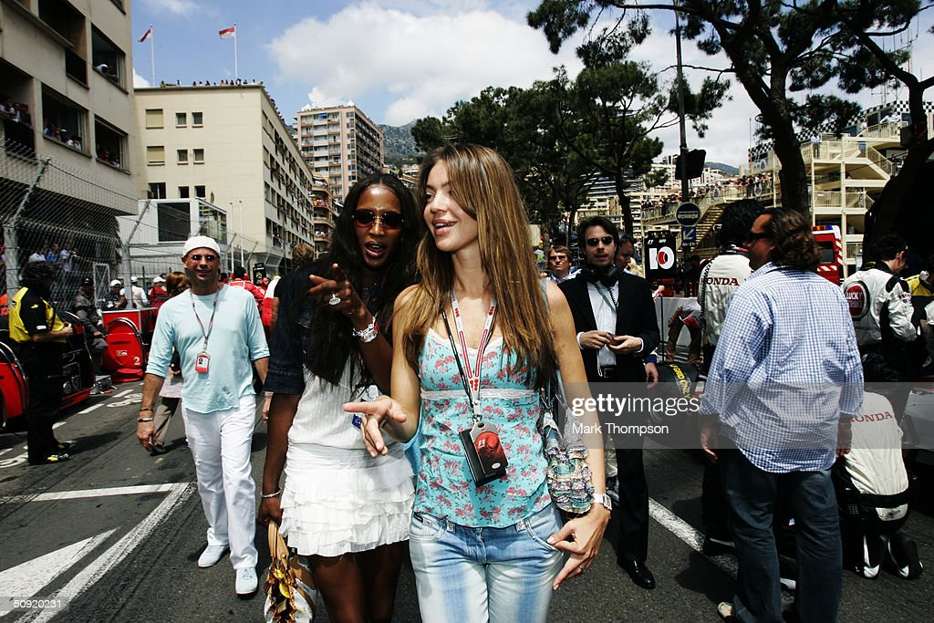 Model <a gi-track='captionPersonalityLinkClicked' href=/galleries/search?phrase=Naomi+Campbell&family=editorial&specificpeople=171722 ng-click='$event.stopPropagation()'>Naomi Campbell</a> and Simone Abdelnouron, girlfriend of Mclaren driver David Coulthard on the grid before the Monaco F1 Grand Prix on May 23, 2004, in Monte Carlo, Monaco.