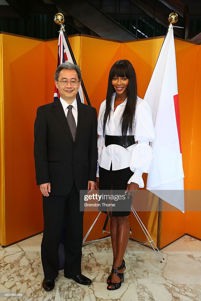 Model <a gi-track='captionPersonalityLinkClicked' href=/galleries/search?phrase=Naomi+Campbell&family=editorial&specificpeople=171722 ng-click='$event.stopPropagation()'>Naomi Campbell</a> and Toshiaki Kobayashi, acting Consult-General of Japan in Sydney pose at a Japanese Tea ceremony held to acknowledge her donation to help with post-tsunami rebuild at the Consulate General of Japan on November 30, 2013 in Sydney, Australia.