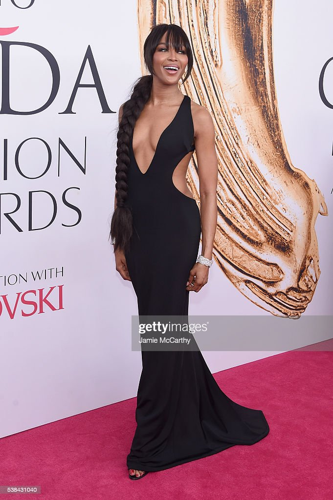 Model <a gi-track='captionPersonalityLinkClicked' href=/galleries/search?phrase=Naomi+Campbell&family=editorial&specificpeople=171722 ng-click='$event.stopPropagation()'>Naomi Campbell</a> attends the 2016 CFDA Fashion Awards at the Hammerstein Ballroom on June 6, 2016 in New York City.