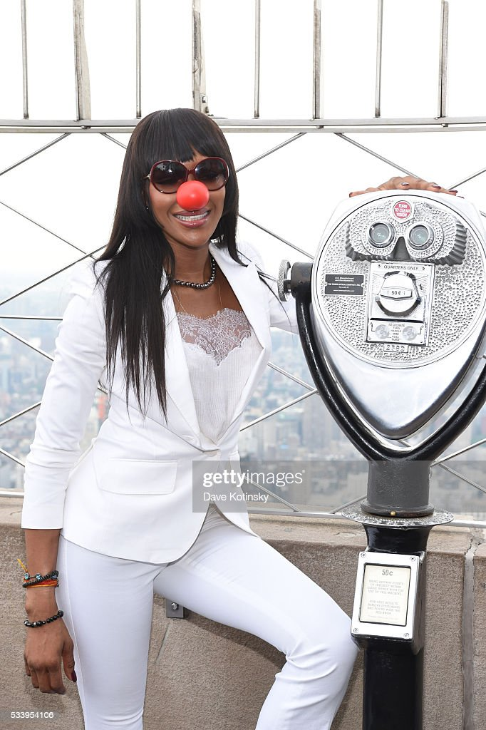Model <a gi-track='captionPersonalityLinkClicked' href=/galleries/search?phrase=Naomi+Campbell&family=editorial&specificpeople=171722 ng-click='$event.stopPropagation()'>Naomi Campbell</a> lights the Empire State Building red in celebration of Red Nose Day (May 26, 2016) at The Empire State Building on May 24, 2016 in New York City.