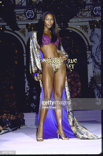 Catwalk 1998 Photos et images de collection