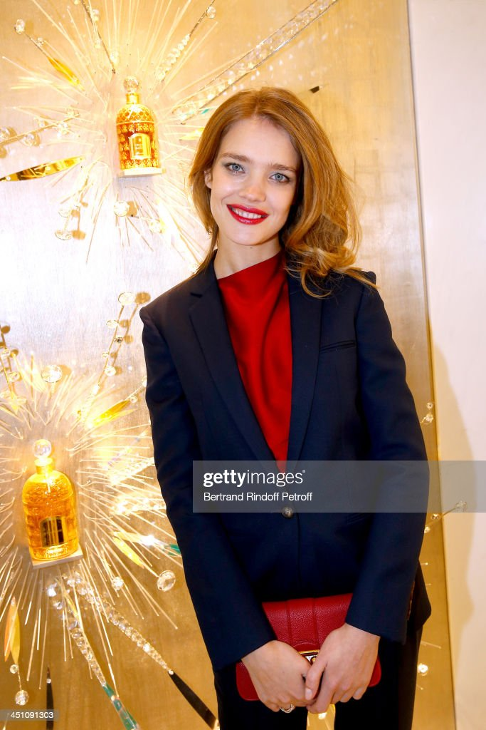 Model <a gi-track='captionPersonalityLinkClicked' href=/galleries/search?phrase=Natalia+Vodianova&family=editorial&specificpeople=203265 ng-click='$event.stopPropagation()'>Natalia Vodianova</a> attends Guerlain Store & Restaurant Opening on Champs Elysees : Cocktail on November 21, 2013 in Paris, France.