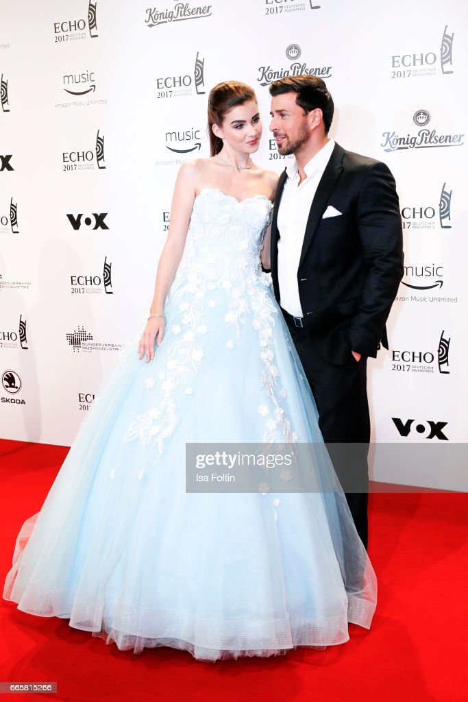 Model natalie Volk and TV Bachelor Leonard Freier during the Echo award red carpet on April 6, 2017 in Berlin, Germany.