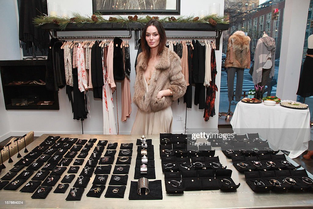 Model <a gi-track='captionPersonalityLinkClicked' href=/galleries/search?phrase=Nicole+Trunfio&family=editorial&specificpeople=3006654 ng-click='$event.stopPropagation()'>Nicole Trunfio</a> attends the Trunfio Jewels Trunk Show at Haute Hippie on December 6, 2012 in New York City.