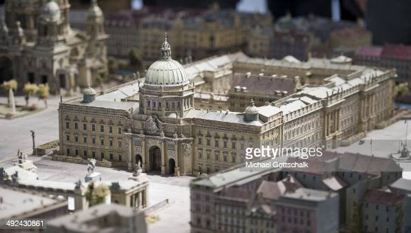 Berlin city palace stock photos and pictures getty images - Mobeltown berlin ...