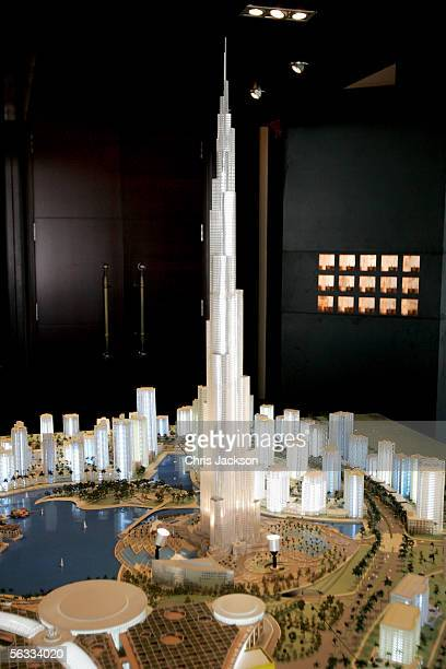 A model of the Burj Dubai at Modern Luxury at the Park Hyatt Hotel on December 5th 2005 in Dubai United Arab Emirates Modern Luxury is the...