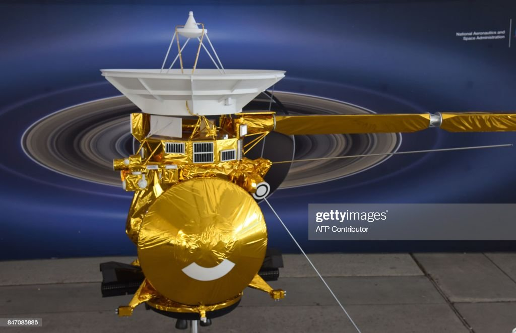 A model of the Cassini spacecraft is seen at NASA's Jet Propulsion Laboratory (JPL) September 13, 2017 in Pasadena, California. Cassini's 20-year mission to study Saturn will end on September 15, 2017 when the spacecraft burns up after intentionally plunging in the ringed planet's atmosphere in what NASA is calling 'The Grand Finale.' / AFP PHOTO / Robyn Beck
