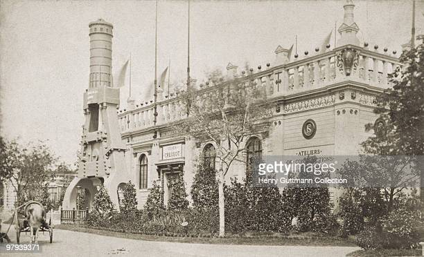 A model of the Creusot steam hammer at the Paris World's Fair 1878 It was built by Schneider and Co in the French town of Le Creusot
