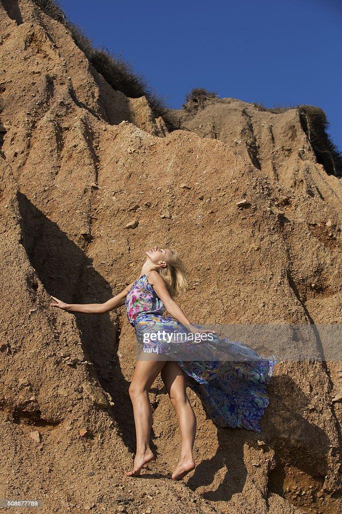 Model auf hills : Stock-Foto