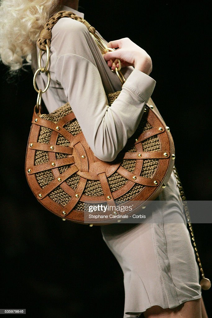 Model on the catwalk at the 'Alexander Mc Queen ready-to-wear spring-summer 2006 collection' fashion show.