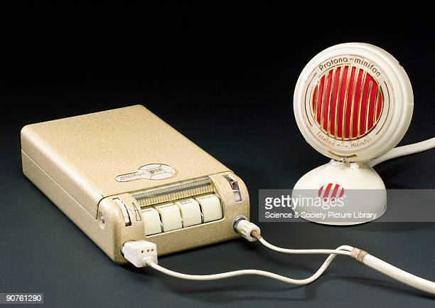 Model P55S with ProtoneMinifon microphone Before magnetic tape was available speech was recorded on magnetic wire in this case very fine 0005 mm...