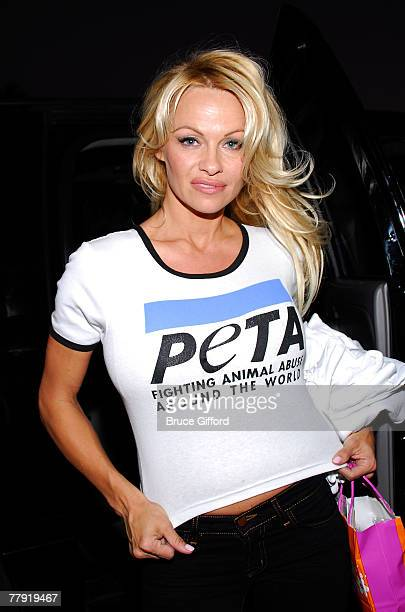 Model Pamela Anderson arrives at Family Promise to join PETA and Garden Protein in serving a vegetarian turkey dinner at a homeless shelter November...