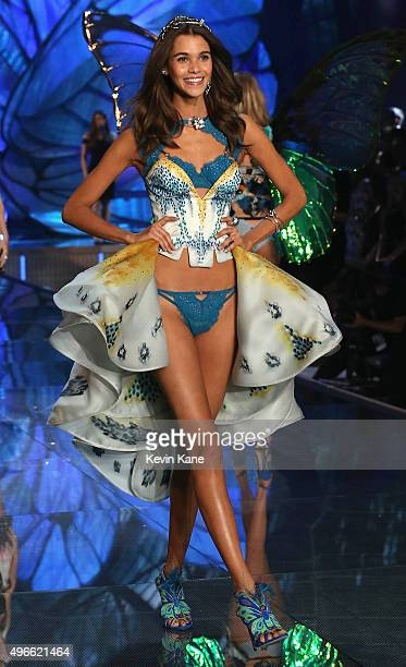 Model Pauline Hoarau from Reunion Island walks the runway during the 2015 Victoria's Secret Fashion Show at Lexington Armory on November 10 2015 in...