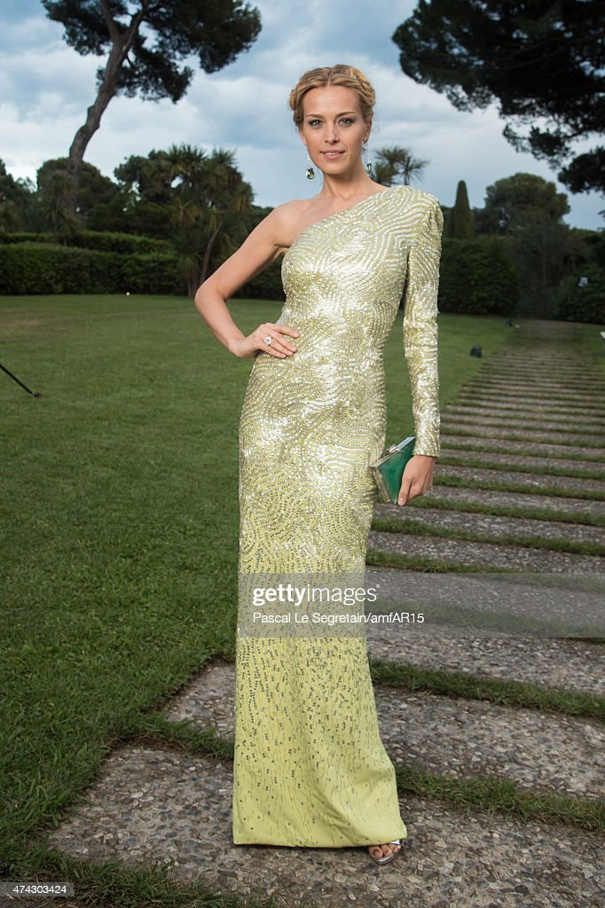 Model Petra Nemcova attends amfAR's 22nd Cinema Against AIDS Gala, Presented By Bold Films And Harry Winston at Hotel du Cap-Eden-Roc on May 21, 2015 in Cap d'Antibes, France.