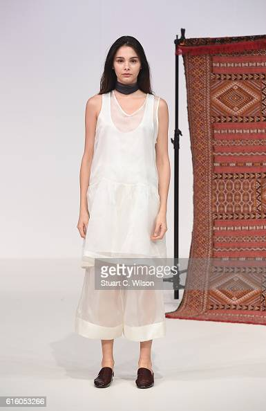 A model poses at the Sotra presentation during Fashion Forward Spring/Summer 2017 at the Dubai Design District on October 21 2016 in Dubai United...
