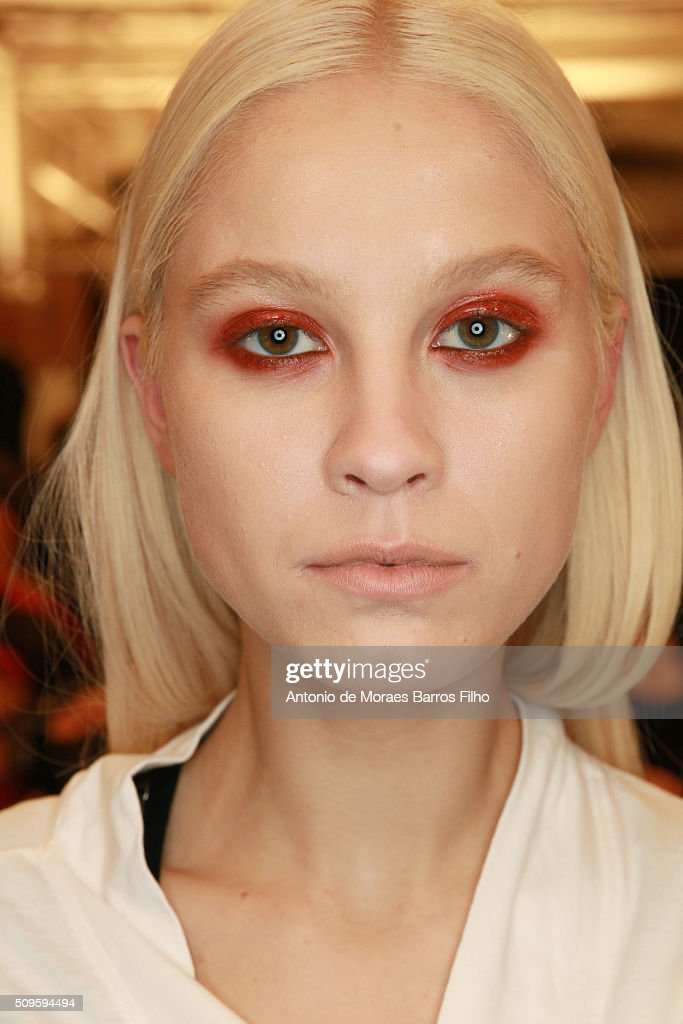 A model poses backstage prior the Desigual show as a part of Fall 2016 New York Fashion Week> at The Arc, Skylight at Moynihan Station on February 11, 2016 in New York City.