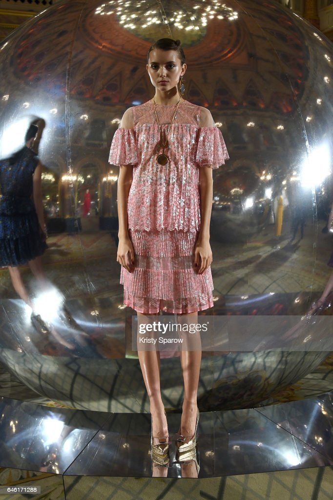 model-poses-during-the-paule-ka-show-as-part-of-the-paris-fashion-picture-id646171288