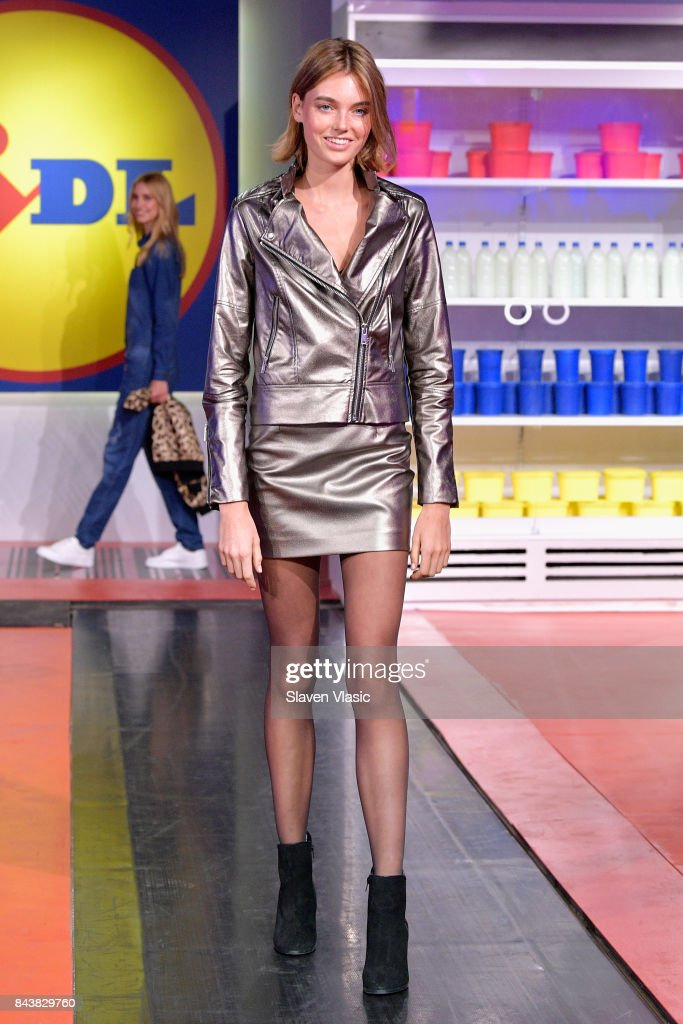 A model poses on the conveyor belt runway during the Esmara By Heidi Klum Lidl Fashion Presentation at New York Fashion Week #Letswow at ArtBeam on September 7, 2017 in New York City.