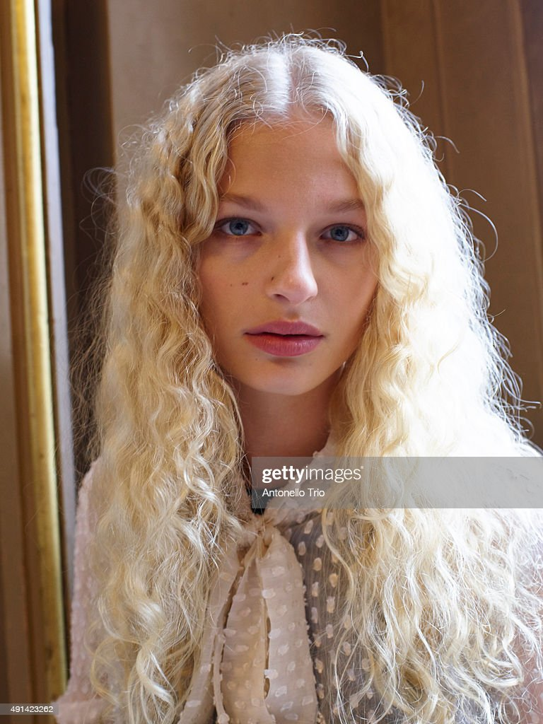 A model poses prior the Stella McCartney show as part of the Paris Fashion Week Womenswear Spring/Summer2016 on October 5, 2015 in Paris, France.