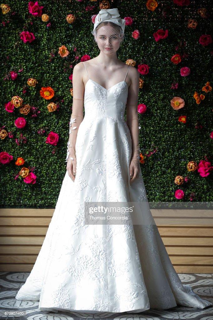 April 6 2018 wedding dress