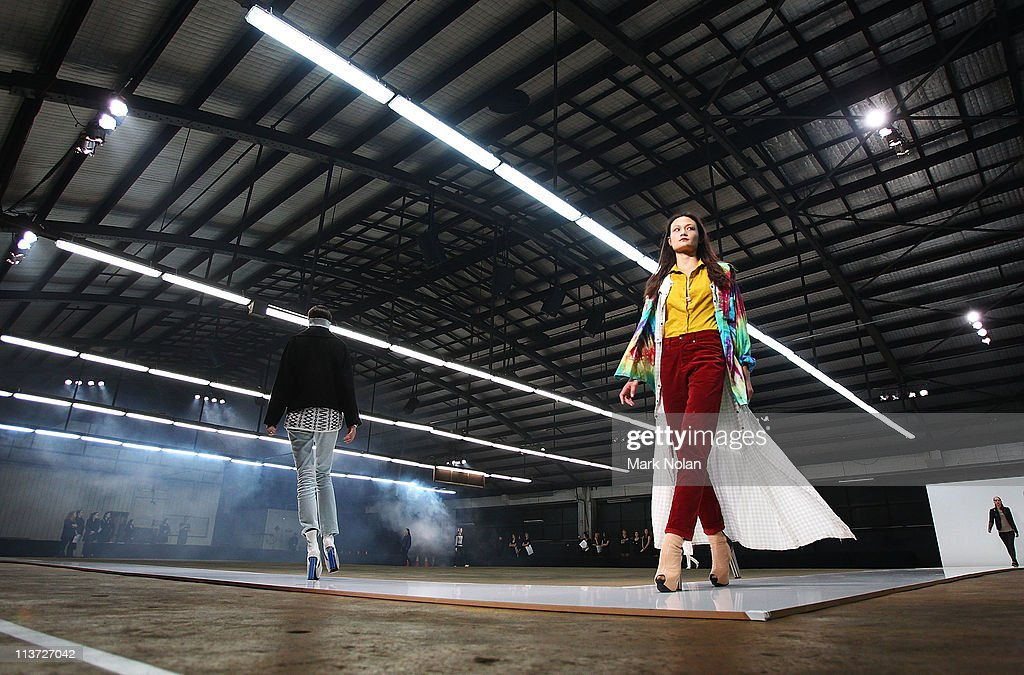 A model prepares backstage ahead of the Josh Goot show during Rosemount Australian Fashion Week Spring/Summer 2011/12 at the Ity Ford Building on May...