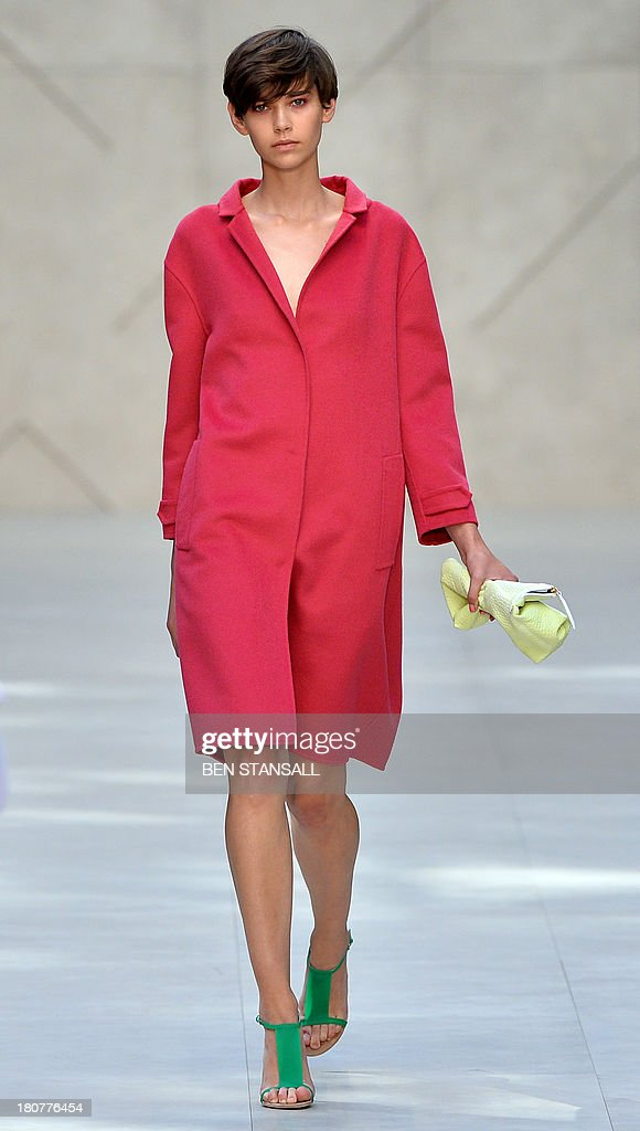 A model presents a creation by Burberry Prorsum during the 2014 Spring/Summer London Fashion Week in London on September 16, 2013.
