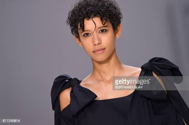 A model presents a creation for Chloe during the 2017 Spring/Summer readytowear collection fashion show on September 29 2016 in Paris / AFP /...
