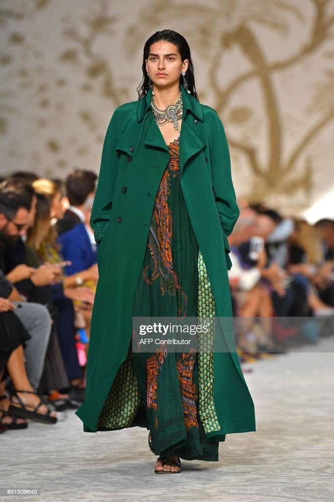 model-presents-a-creation-for-fashion-house-etro-during-the-womens-picture-id851509640
