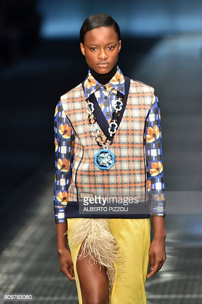 A model presents a creation for fashion house Prada during the 2017 Women's Spring / Summer collections shows at Milan Fashion Week on September 22...