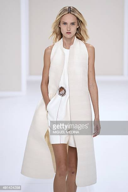 A model presents a creation for Hermes during the 2016 Spring/Summer readytowear collection fashion show on October 5 2015 in Paris AFP PHOTO /...