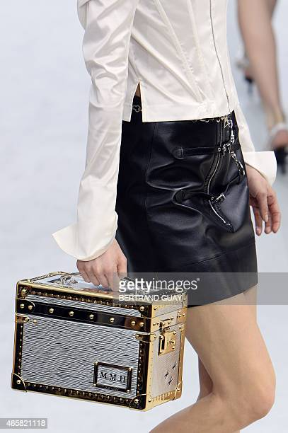 A model presents a creation for Louis Vuitton during the 20152016 fall/winter readytowear collection fashion show on March 11 2015 in Paris AFP PHOTO...
