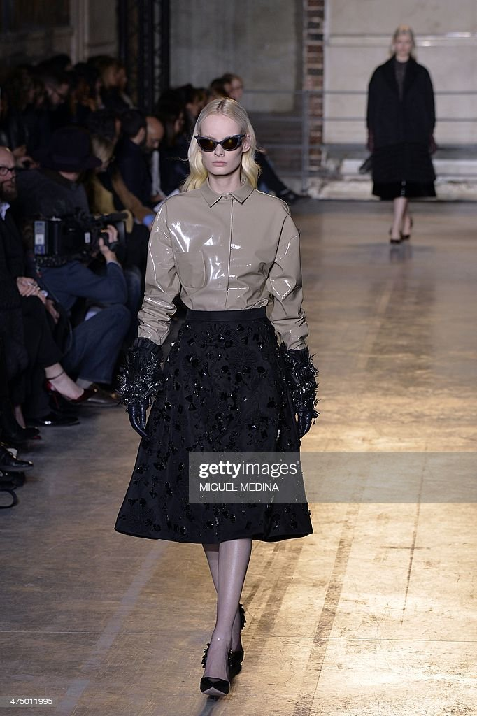 A model presents a creation for Rochas during the 2014/2015 Autumn/Winter ready-to-wear collection fashion show, on February 26, 2014 in Paris.