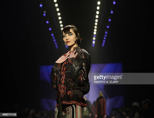 A model presents the fashions of Anna Sui during the MercedesBenz Fashion Week Fall/Winter 2014 shows February 12 2014 in New York City AFP PHOTO /...