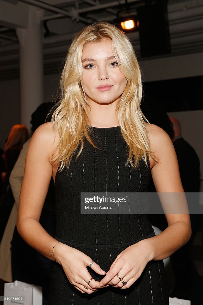 Model <a gi-track='captionPersonalityLinkClicked' href=/galleries/search?phrase=Rachel+Hilbert&family=editorial&specificpeople=13693911 ng-click='$event.stopPropagation()'>Rachel Hilbert</a> attends the Jonathan Simkhai fashion show during Fall 2016 MADE Fashion Week at Milk Studios on February 14, 2016 in New York City.