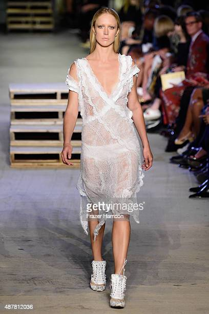 Model Raquel Zimmermann walks the runway wearing Givenchy Spring 2016 during New York Fashion Week at Pier 26 at Hudson River Park on September 11...