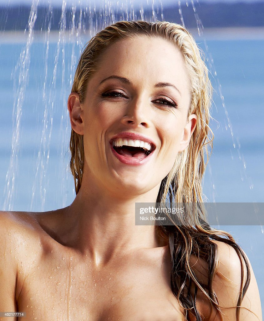 Model <a gi-track='captionPersonalityLinkClicked' href=/galleries/search?phrase=Reeva+Steenkamp&family=editorial&specificpeople=10284281 ng-click='$event.stopPropagation()'>Reeva Steenkamp</a> is photographed on September 10, 2010 in Bazaruto Island, Mozambique.