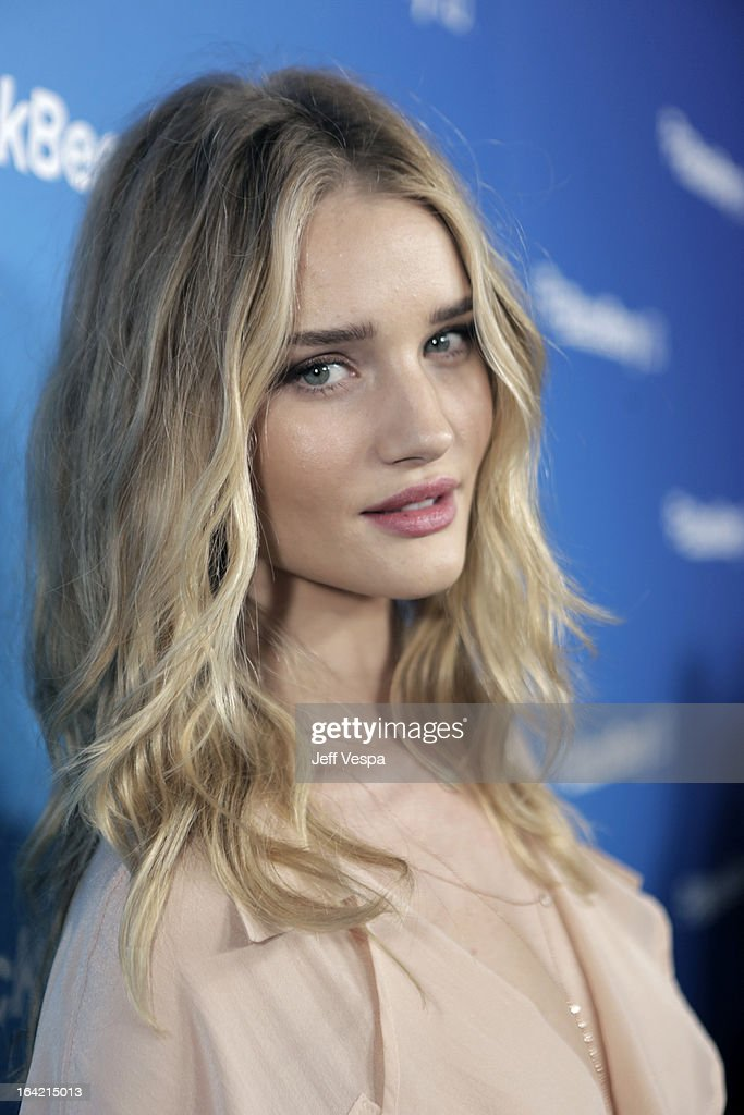 Model Rose Huntington-Whiteley attends a celebration of the BlackBerry Z10 Smartphone launch at Cecconi's Restaurant on March 20, 2013 in Los Angeles, California.
