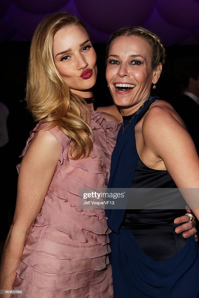 Model <a gi-track='captionPersonalityLinkClicked' href=/galleries/search?phrase=Rosie+Huntington-Whiteley&family=editorial&specificpeople=2244343 ng-click='$event.stopPropagation()'>Rosie Huntington-Whiteley</a> (L) and tv host <a gi-track='captionPersonalityLinkClicked' href=/galleries/search?phrase=Chelsea+Handler&family=editorial&specificpeople=599162 ng-click='$event.stopPropagation()'>Chelsea Handler</a> attend the 2013 Vanity Fair Oscar Party hosted by Graydon Carter at Sunset Tower on February 24, 2013 in West Hollywood, California.