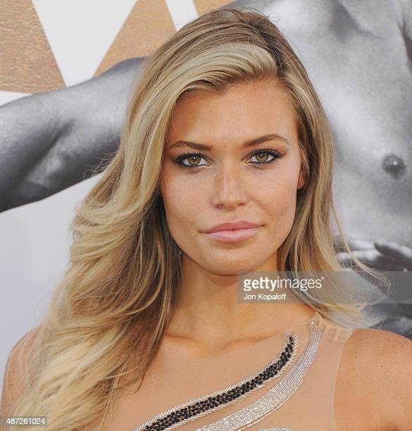 Samantha Hoopes Nude Photos 52