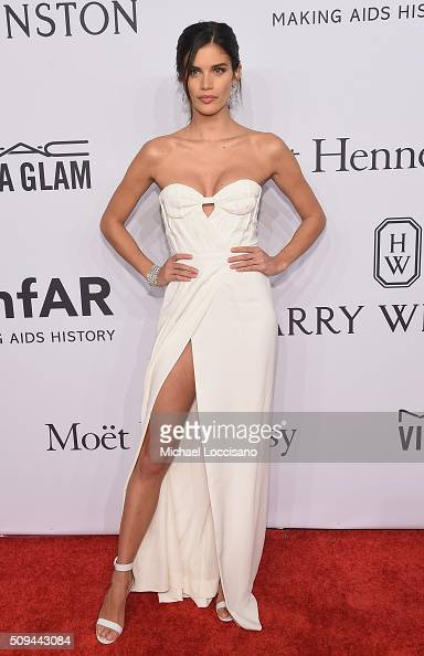 Model Sara Sampaio attends 2016 amfAR New York Gala at Cipriani Wall Street on February 10 2016 in New York City