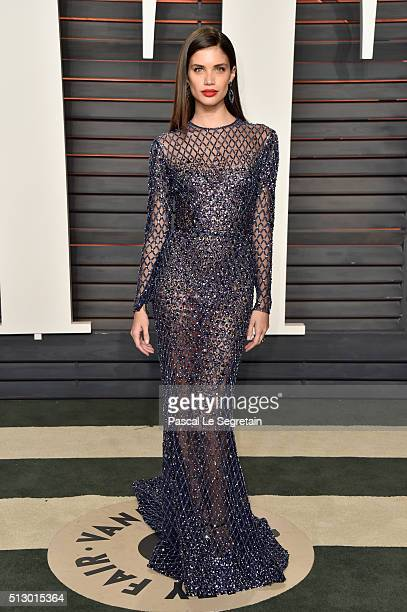Model Sara Sampaio attends the 2016 Vanity Fair Oscar Party Hosted By Graydon Carter at the Wallis Annenberg Center for the Performing Arts on...